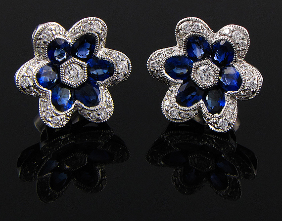 18k Spark white gold Sapphire and Diamond earrings