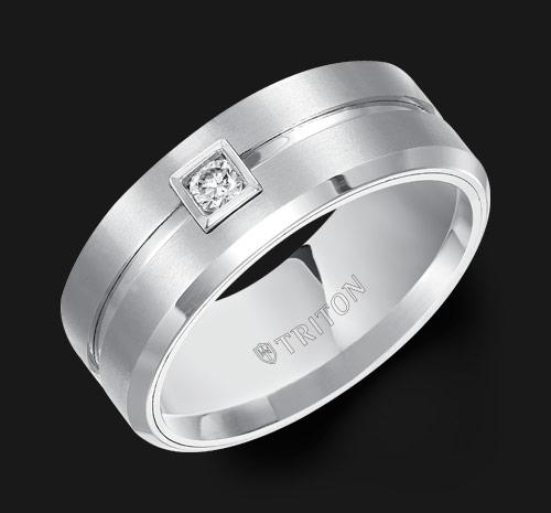 TUNGSTEN WEDDING BAND WITH DIAMOND