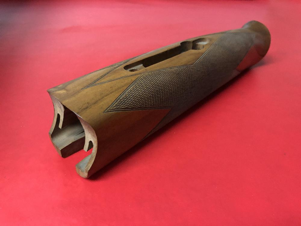 MX MODELS WITH 12 GAUGE FRAME .410 CHANNEL TYPE 3 SCHNABEL FOREND - NEW
