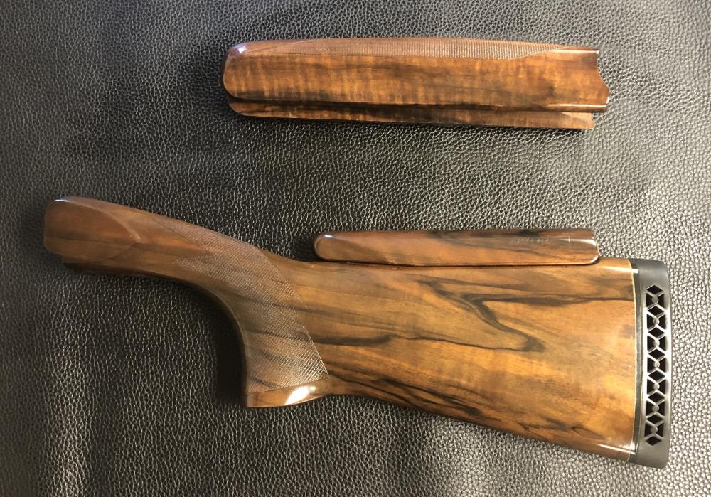 MX MODELS WITH 12 GAUGE DROP OUT TRIGGER ADJUSTABLE STOCK AND FOREND WOOD SET - PREOWNED